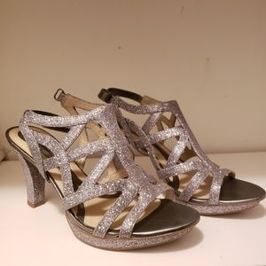 Naturalizer Silver Sparkly Danya Strappy Sandals